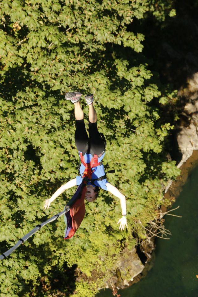 bungee jumping 3